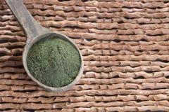 Organicznie Spirulina alg proszek - Spirulina obrazy royalty free