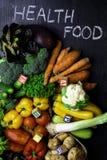 organicznie warzywa bogaci w witaminie jako A, b, C, d, P, E zdjęcia royalty free