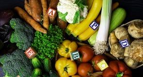 organicznie warzywa bogaci w witaminie jako A, b, C, d, P, E zdjęcie stock