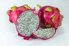 Organisch draak tropisch vers fruit besnoeiing en plakstukfruit royalty-vrije stock foto