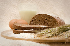 Organisch eigengemaakt roggebrood Stock Foto's