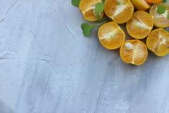 organische achtergrond van sinaasappel Het concept gezonde dranken, exemplaarruimte, close-up royalty-vrije stock afbeeldingen