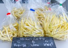 Organische Gele Bonen voor Verkoop bij Lokale Markt van Familielandbouwers, Mi Royalty-vrije Stock Fotografie