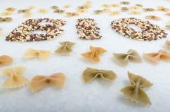organische Getreidehülsenfrüchte und -teigwaren Stockfoto