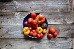 Organische mediterrane keuken en het gezonde tuinieren, stilleven, boven mening stock afbeeldingen