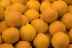 Organische Orangen im Basar lizenzfreie stockfotografie
