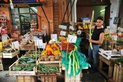 Organische plantaardige markt in Palermo, Sicilië, Italië Royalty-vrije Stock Fotografie