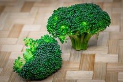 Organische verse broccoli voor het gezonde eten royalty-vrije stock afbeeldingen