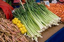 Organische Verse Groenten bij een Markt van de Straat Stock Foto