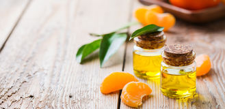 Organische wesentliche Tangerine, Mandarine, Klementinenöl lizenzfreies stockfoto
