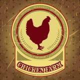 Organischer Hühnerbauernhof-Weinleseaufkleber mit Huhn auf dem Schmutzhintergrund Lizenzfreie Stockfotografie