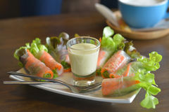 Organischer Salat gerollt Lizenzfreies Stockbild