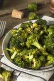 Organisk gräsplan grillade broccoliFlorets Fotografering för Bildbyråer
