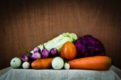 Organisk grönsakstilleben Arkivfoton