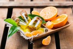 Organisk nödvändig tangerin, mandarin, clementineolja Fotografering för Bildbyråer