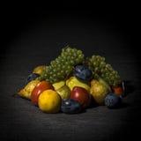 Organiska frukter och grönsaker Royaltyfria Foton
