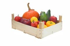 Organiska grönsaker för färgrikt sortiment Arkivfoto