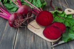 Organiska röda beta arkivfoto
