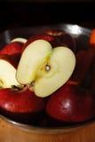 organiskt äpple fotografering för bildbyråer