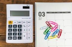 Organizzatore di marzo con il calcolatore Immagini Stock Libere da Diritti