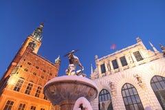 Oriëntatiepunten de van de binnenstad van Gdansk bij nacht Stock Foto's