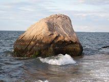 Orient-Punkt NY Rocky Shoreline Stockbilder