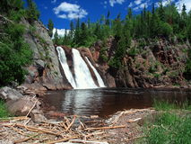 Orientação horizontal da cachoeira de Tettegouche Fotografia de Stock Royalty Free