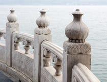 Oriental a découpé la barrière en pierre image libre de droits
