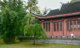Oriental garden and the house Royalty Free Stock Images