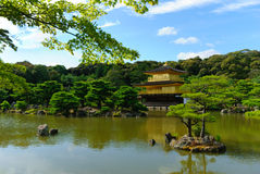 The oriental gold temple of Kinkaku-ji / Rokuon-ji in in Kyoto, Japan Stock Photography