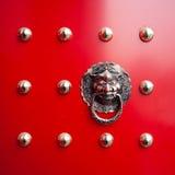 Oriental lion's door Royalty Free Stock Photos