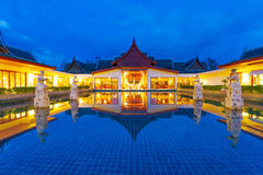 Oriental resort architecture at night Royalty Free Stock Photos