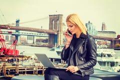 Orientale - viaggio europeo della donna, lavorante a New York Immagini Stock Libere da Diritti