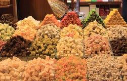 Orientalische Bonbons am Basar Lizenzfreies Stockbild