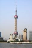 Orientalischer Perlenkontrollturm Lizenzfreie Stockfotografie