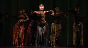 Orientalisk dans på etapp Fotografering för Bildbyråer