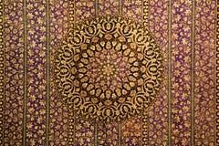 Orientalisk modellprydnad för matta Arkivbild