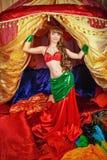 Orientalisk skönhetdans Arkivfoto