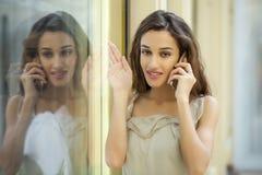 orientalisk stil Sinnlig arabisk kvinnamodell royaltyfri fotografi