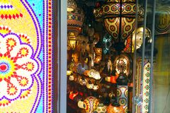 Orientaliska färgrika lampor fotografering för bildbyråer