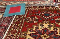 Orientaliska mattor Arkivfoton