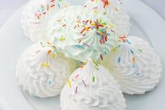 Orientaliska sötsaker på en vit bakgrund Bizet Arkivbilder