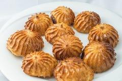Orientaliska sötsaker på en vit bakgrund tatly Royaltyfri Fotografi