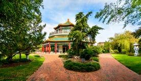 Orientaliska trädgårdar och pagod Arkivfoton