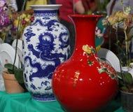 Orientaliska vaser på skärm Royaltyfri Foto