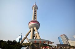 orientaliskt pärlemorfärg shanghai torn Royaltyfria Bilder