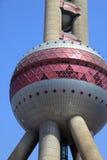 orientaliskt pärlemorfärg torn Arkivfoton