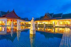 Orientalna kurort architektura przy półmrokiem Zdjęcie Stock