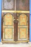 Orientalny arabski ozdobny malujący drzwi fotografia stock