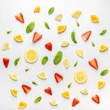 Orientering av citrus- och mintkaramellsidor Arkivbilder